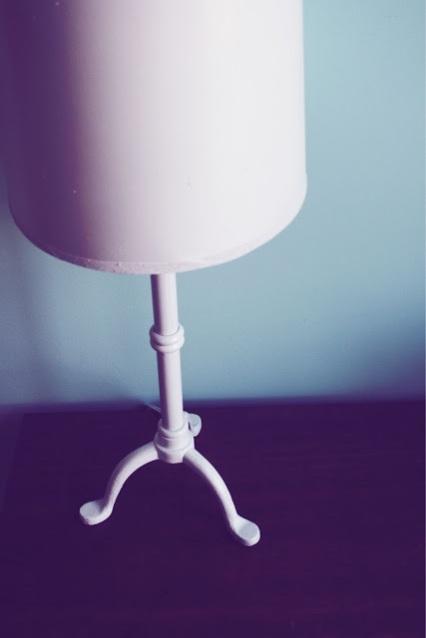 10 Days of Dorm, DIY, lamp, DIY lamp, DIY white lamp, bits and little pieces, day 6, spray paint, dorm, college, dorm DIY
